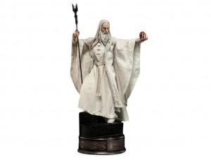 Фигурка-статуя Саруман