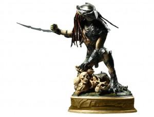 Фигурка-статуя Хищник Falconer