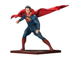 Фигурка-статуя Супермен