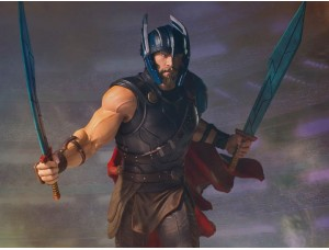 Фигурка-статуя Тор - Thor: Ragnarok Collector's Gallery