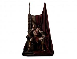 Фигурка-статуя Кратос на троне