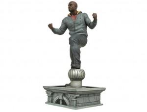Фигурка-статуя Люк Кейдж