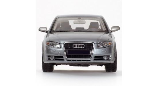 Масштабная модель Audi A4 2005
