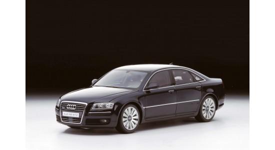 Масштабная модель Audi A8 W12 2005