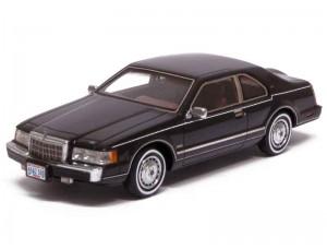 Lincoln Mark VII 1984