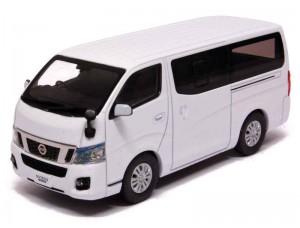 Nissan NV350 Caravan 2012