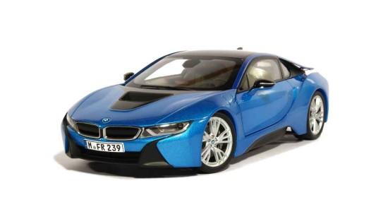 Масштабная модель BMW i8