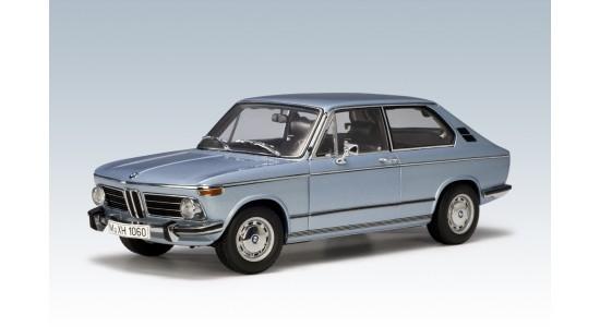 Масштабная модель BMW 2000 Touring
