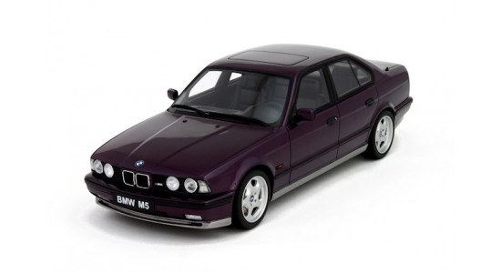 Масштабная модель BMW E34 M5