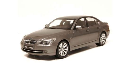 Масштабная модель BMW E60 550i 2008