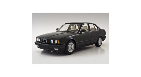 Масштабная модель BMW E34 535i
