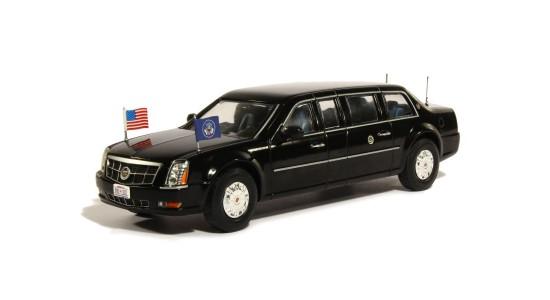 Масштабная модель Cadillac DTS Presidential Limousine Barack Obama 2009