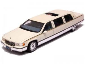 Cadillac Fleetwood Limousine 1995